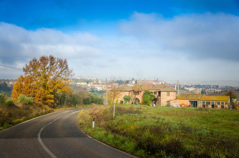 Toscanië - Weg royalty-vrije stock afbeelding