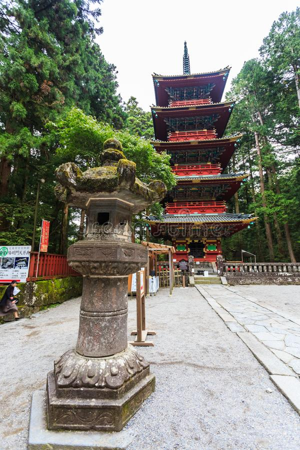 Toshogu relikskrintempel i Nikko på hösten, Japan royaltyfri bild