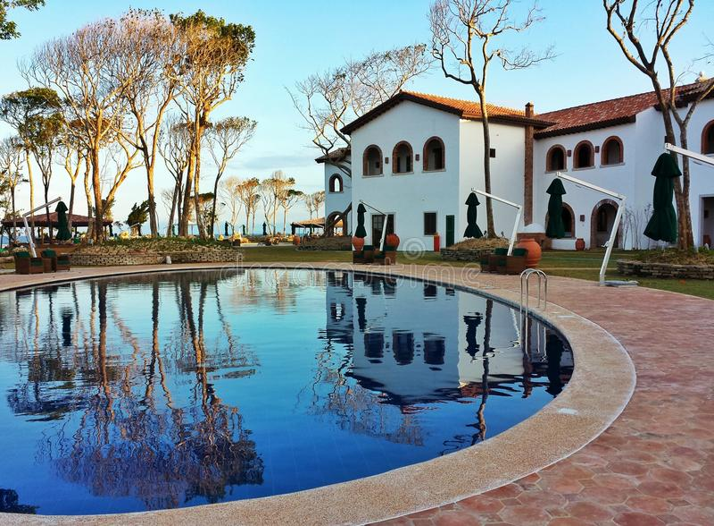 Toskański poolside obrazy royalty free