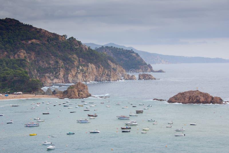 Tossa De Mar Hiszpania, Wrzesień, - 14, 2016: Widok na dennym brzeg obraz stock