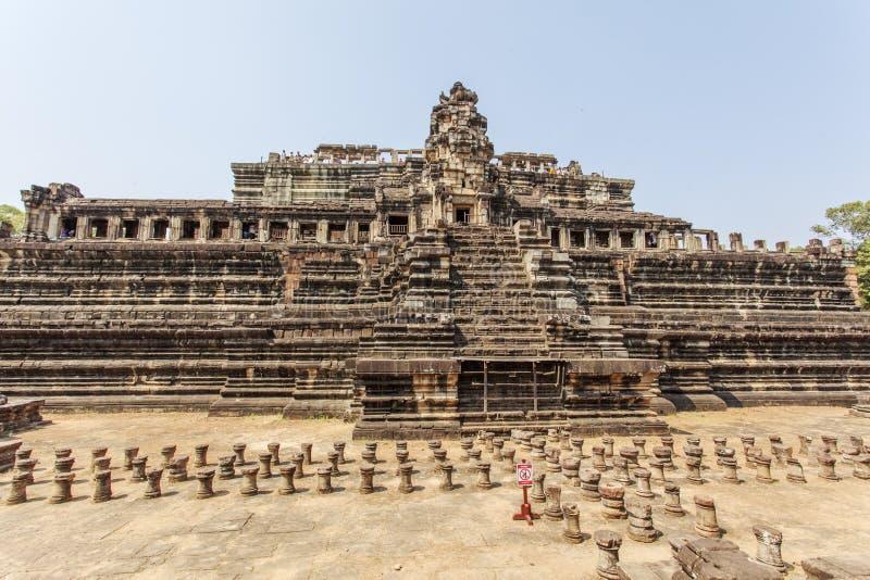 Total- sikt av den lodisPhuon templet, Angkor Thom, Siem Reap, Cambodja arkivbild