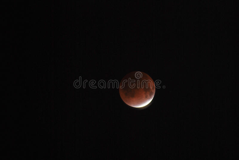 Totale maanverduistering op 10 December 2011 royalty-vrije stock fotografie