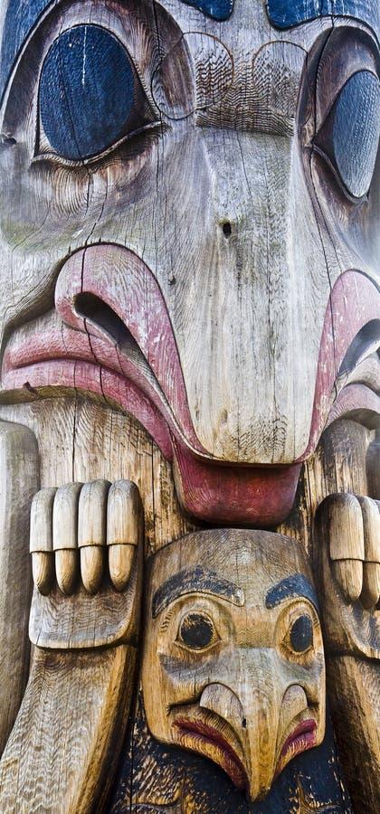 Download Totem découpé géant image stock. Image du clan, antique - 8661727