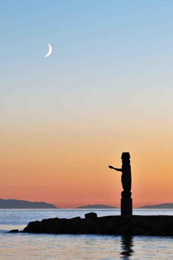 totem för halvmånformigmoonpol arkivfoto