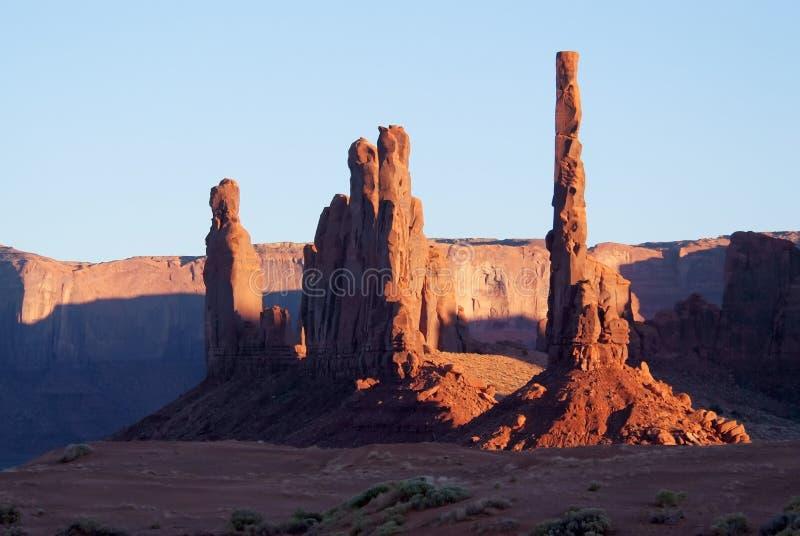 Totem Pole i monumentdalen fotografering för bildbyråer