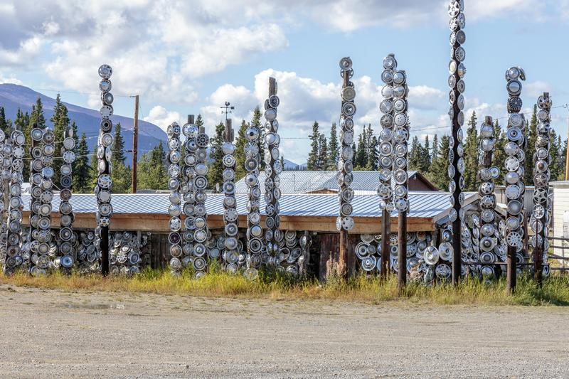 Totems made with hubcap, in city of Chamapgne in Yukon, Canada. September 03 2018, Champagne Yukon Canada Totems made with hubcap, in city of Chamapgne in Yukon stock image