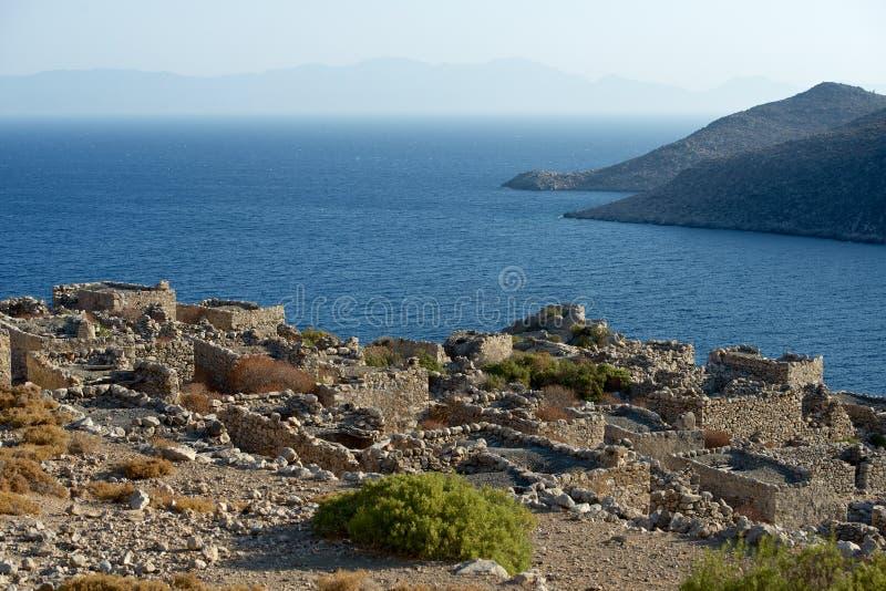 Totes Dorf in Tilos-Insel, Griechenland stockbilder