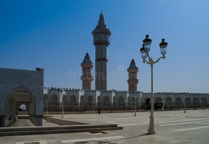 Touba meczet, centrum Mouridism Cheikh Amadou Bamba grzebalny miejsce, Senegal zdjęcia stock