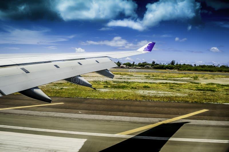 Touchdown bij de Luchthaven van Honolulu stock afbeelding