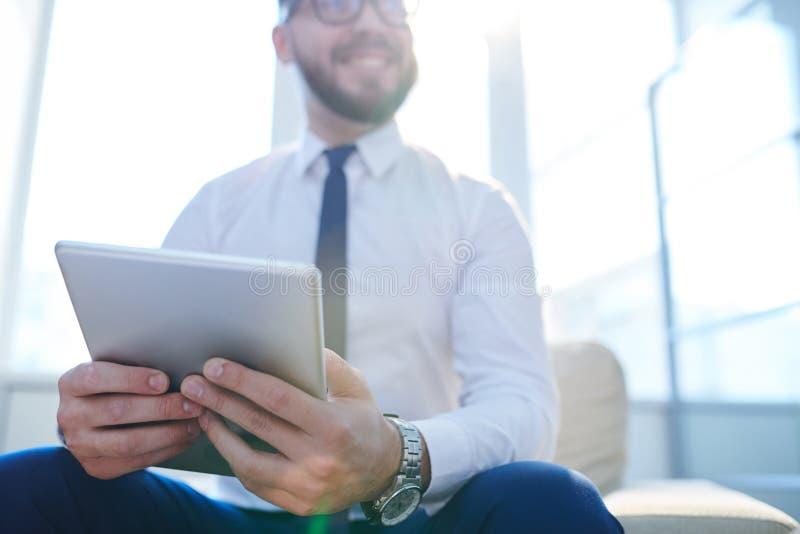 Touchpad d'homme d'affaires photos libres de droits