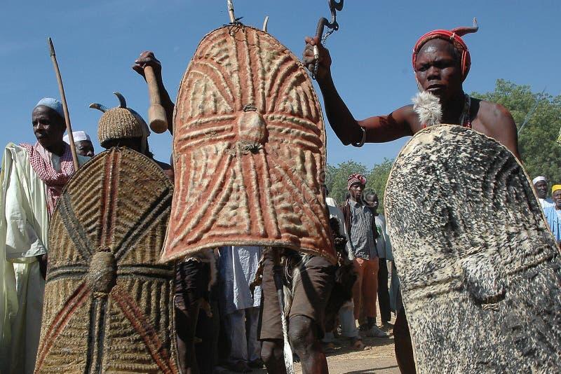 Toupouri传统danse北部喀麦隆Nord喀麦隆 免版税库存照片