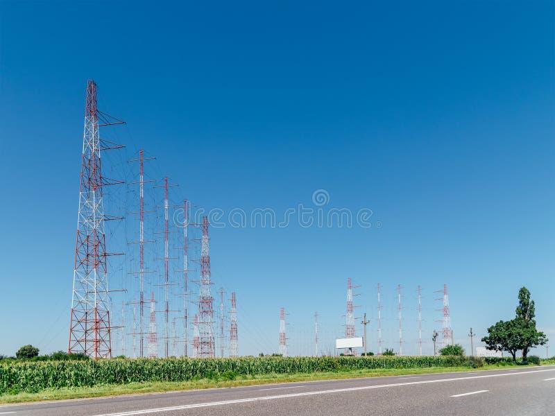 Tour à haute tension de l'électricité de puissance photographie stock