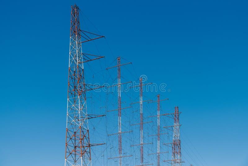 Tour à haute tension de l'électricité de puissance photos libres de droits