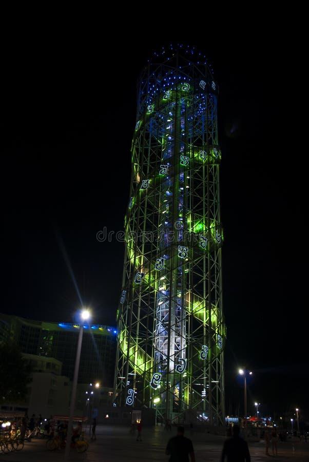 Tour alphabétique de Batumi pendant la nuit, la Géorgie images stock