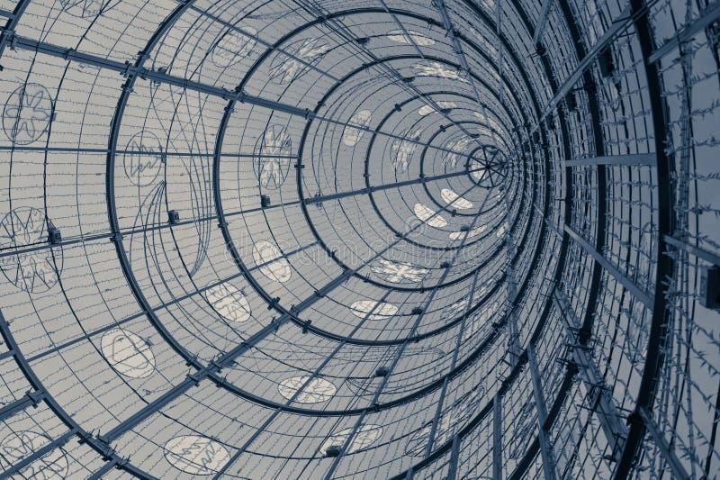 Tour avec la forme ronde abstraite photos libres de droits