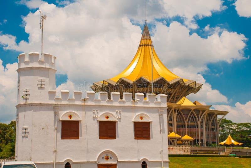 Tour carrée au bord de mer dans Kuching sarawak malaysia borneo photographie stock