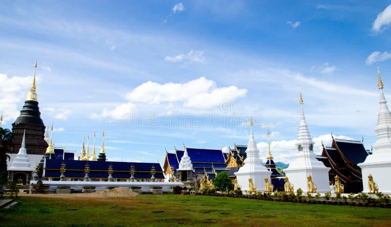 Tour Chedis dans le temple image libre de droits