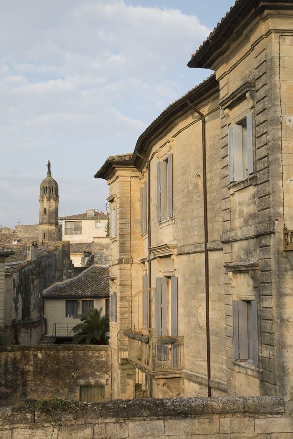 Tour d'église Uzes, Provence photographie stock libre de droits