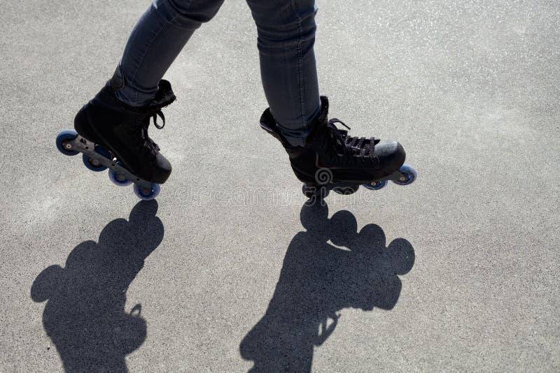 Tour d'adresse de patinage intégré photos libres de droits