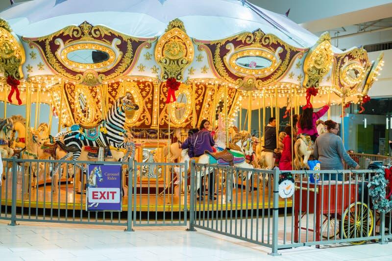 Tour d'or de carrousel photos stock