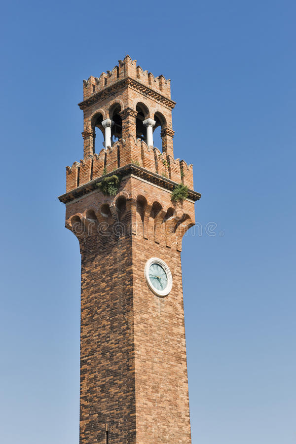 Tour d'horloge à la place de San Stefano dans Murano, Venise, Italie photos stock