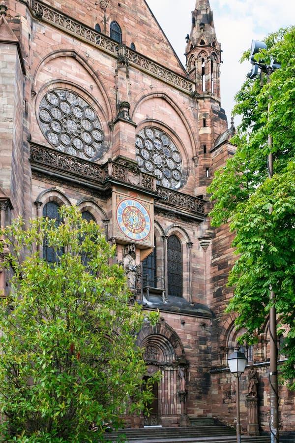 tour d'horloge de cathédrale de Strasbourg images libres de droits