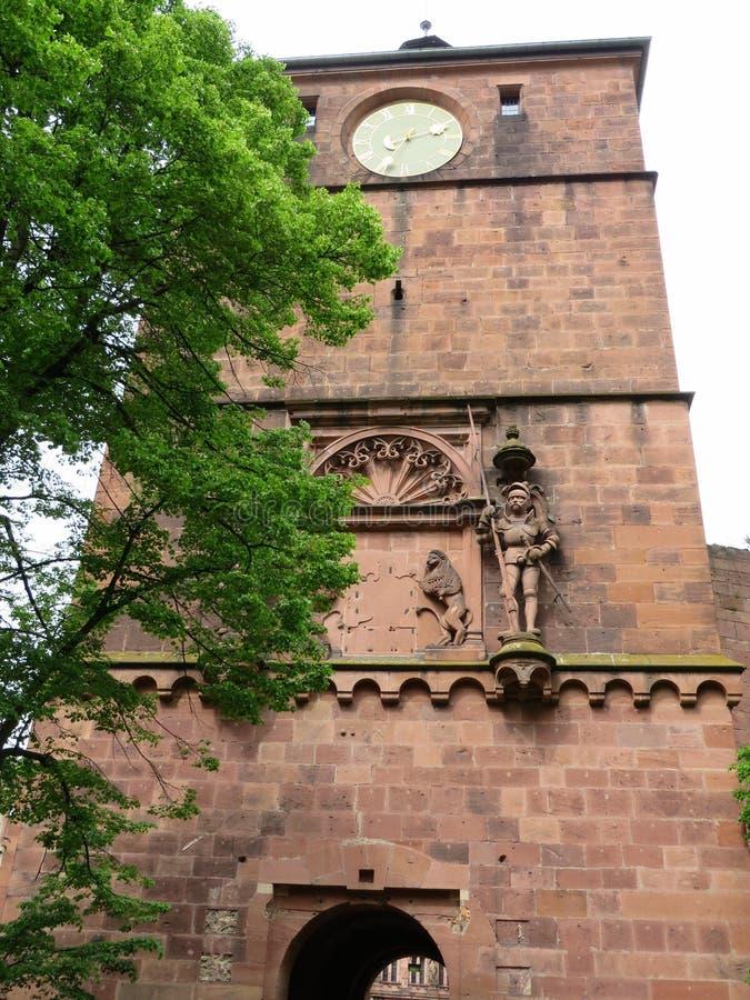 Tour d'horloge de château d'Heidelberg image stock