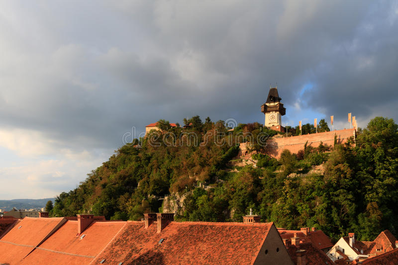 Tour d'horloge de Graz. images stock