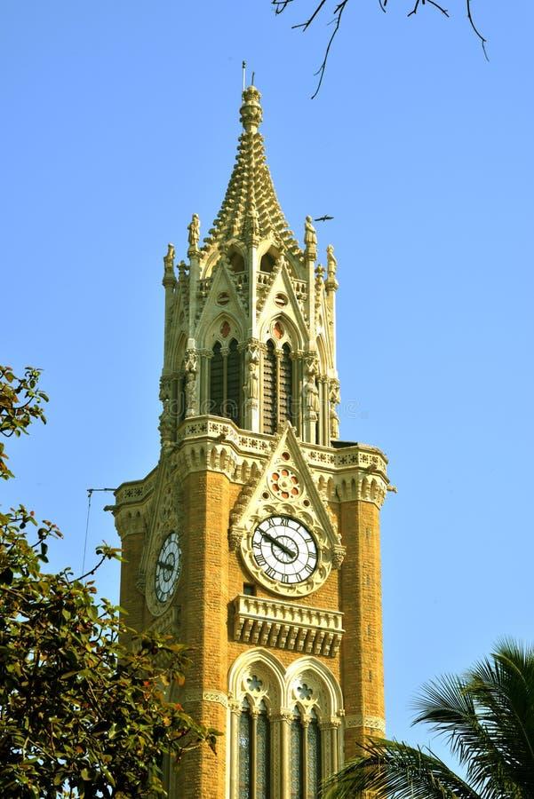 Tour d'horloge de Rajabai, campus de fort d'université de Bombay image libre de droits