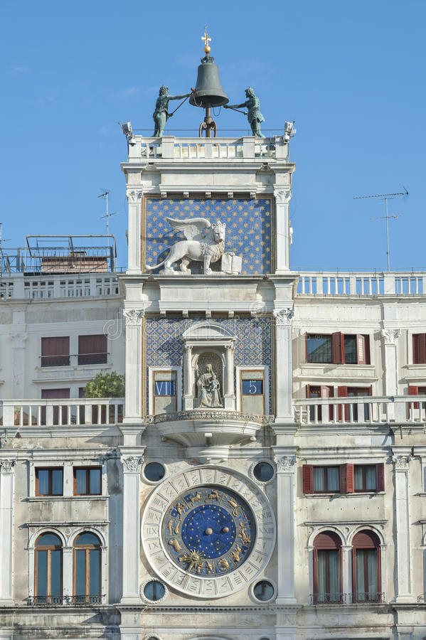 Tour d'horloge de zodiaque image libre de droits