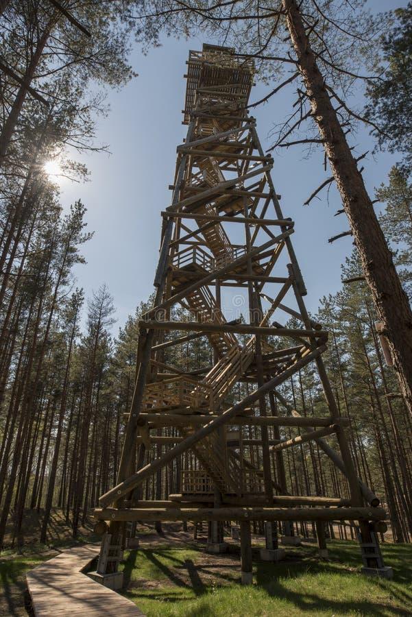 Tour d'observation en bois photo libre de droits