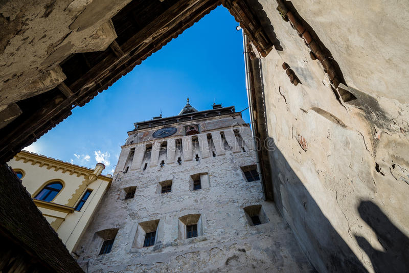 Download Tour dans Sighisoara photo stock. Image du roumain, citadelle - 76077220