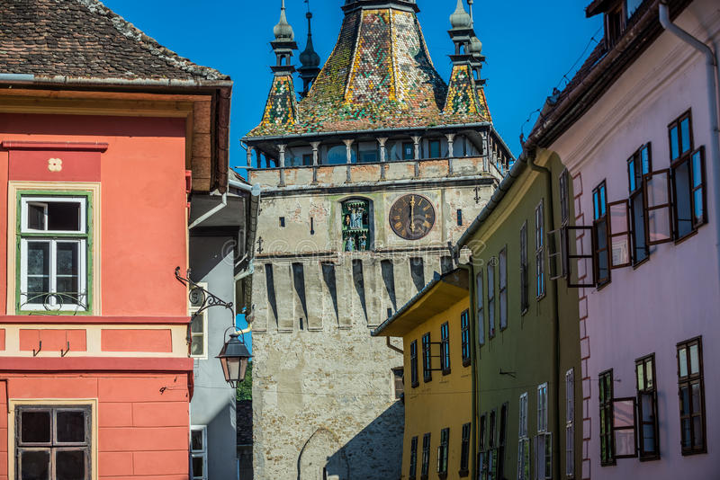 Download Tour dans Sighisoara photo stock. Image du maisons, horloge - 76077626