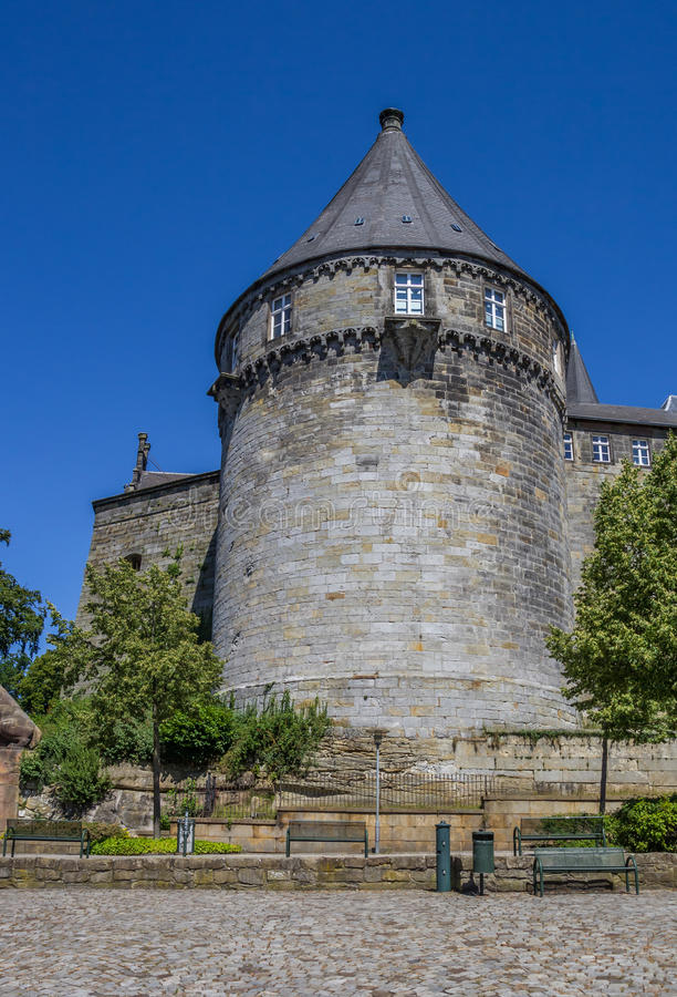 Tour de Batterieturm dans le mur enrichi du château de Bentheim photo libre de droits