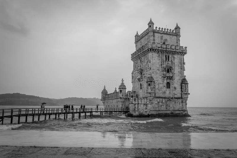 Tour de Belem sur le Tage à Lisbonne, Portugal Photo dans le bla photographie stock libre de droits