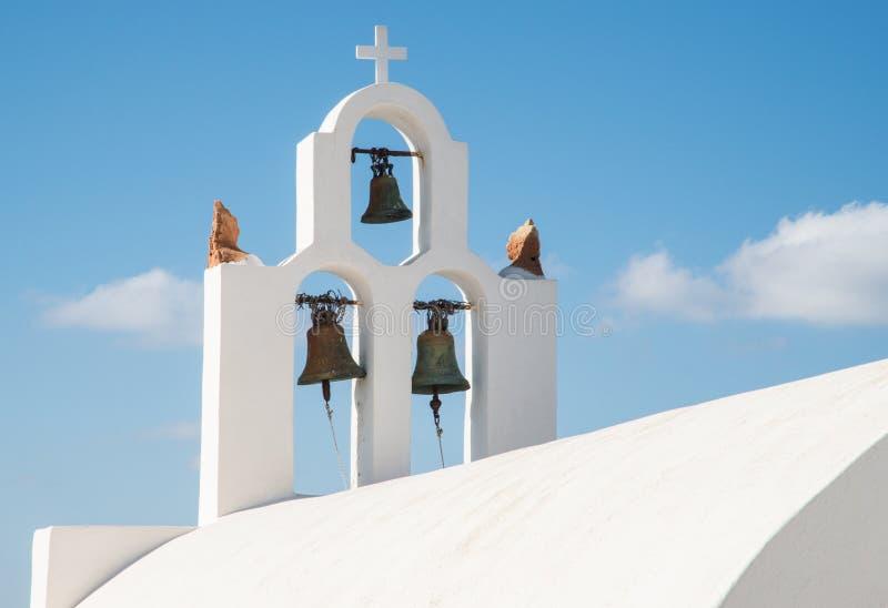 Tour de Bell à l'église orthodoxe grecque image libre de droits