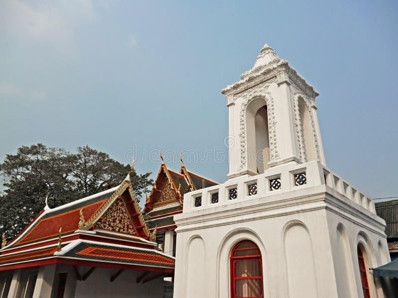 Tour de Bell dans le temple traditionnel thaïlandais image libre de droits