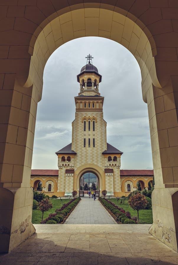 Tour de Bell de cathédrale de couronnement, Alba Iulia, Roumanie images stock