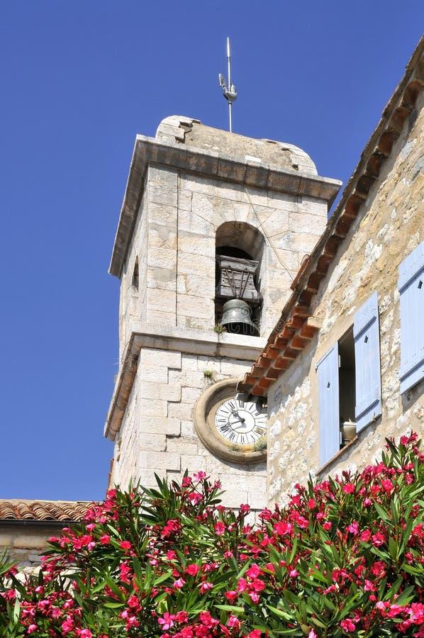 Tour de Bell de l'église Gourdon en France photographie stock libre de droits