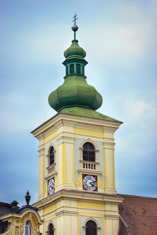 Tour de Bell de l'église Trinity sainte à Sibiu images stock