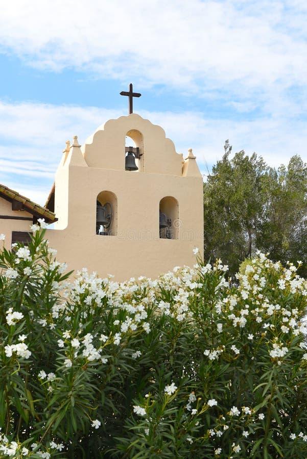 Tour de Bell Santa Ines Mission photographie stock libre de droits