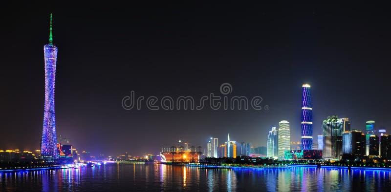 Tour de canton et centre de finance internationale de GZ photographie stock libre de droits