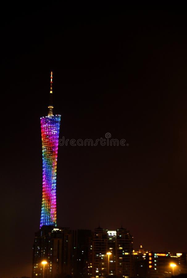 Tour de canton, Guangzhou, horizon de la Chine sur le Pearl River photographie stock libre de droits