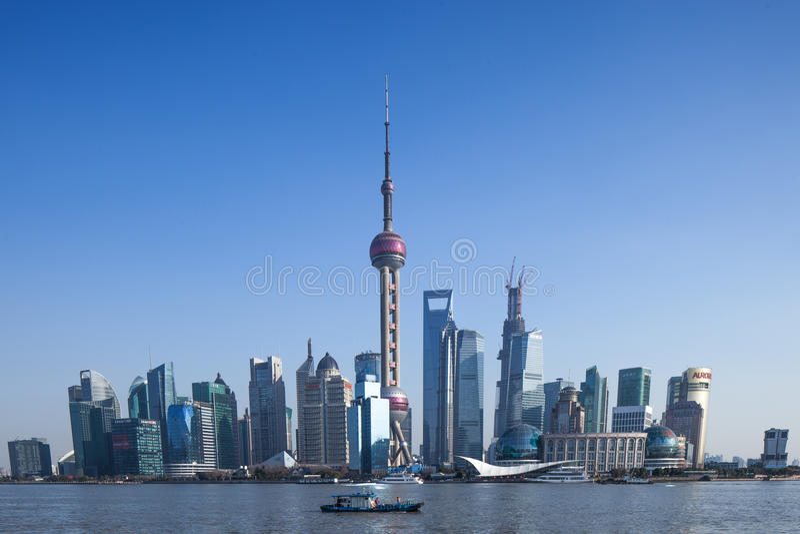 Tour de Changhaï TV et Lujiazui, point de repère photos libres de droits