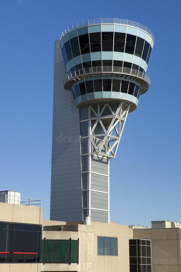 Tour de contrôle d'aéroport photos libres de droits