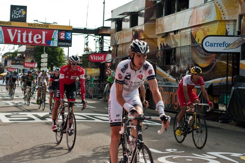 Tour de France - Ankunftsradfahrer lizenzfreie stockbilder