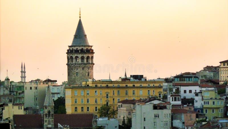 Tour de Galata dans la dinde d'Istanbul photo stock