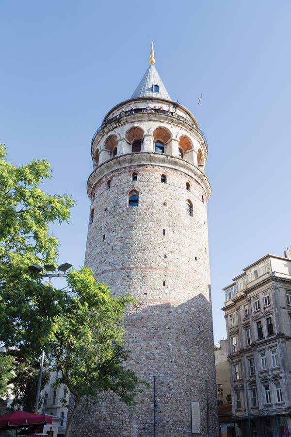 Tour de Galata dans la dinde d'Istanbul images libres de droits