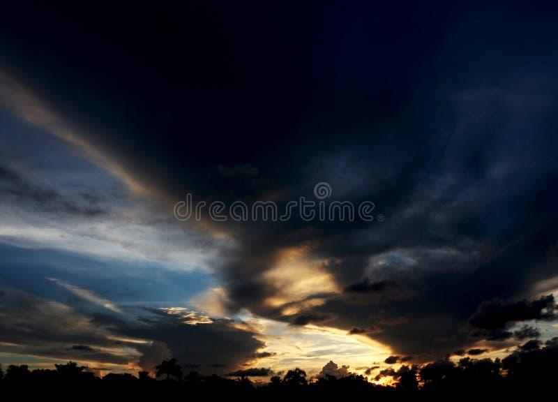 Tour de Ghost dans le ciel photo stock