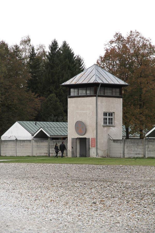 Tour de guet dans le camp de concentration de Dachau